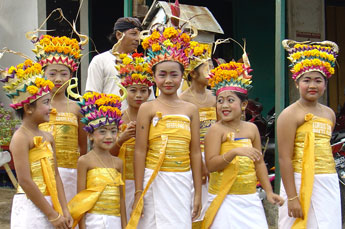 young Bali girls in Temple costume